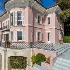 ROQUEBRUNE-CAP-MARTIN Mansion 30 rooms 《FRANCIA》
